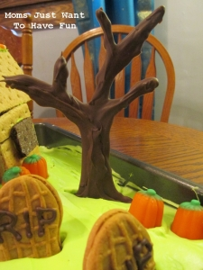 Graveyard Cake 3